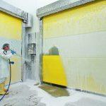 Utvendig vask av gul hurtigport